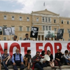 Grèce : fermeture de l'ERT, la goutte d'eau qui fait déborder le vase?