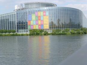 Le premier Prix européen de la Citoyenneté Démocratique par le Forum CiviqueEuropéen